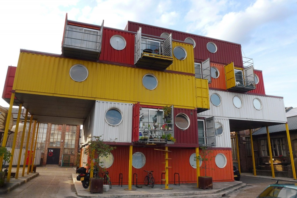 Shipping container arquitecture