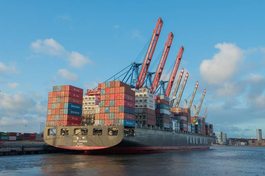 transporte marítimo width=